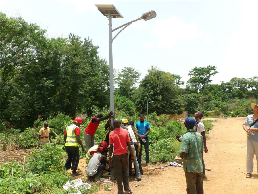 The Côte d'Ivoire solar lighting demonstration project was successfully completed