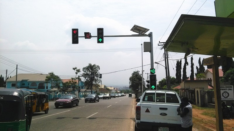 The Nigeria Solar Traffic Signal Project passed the inspection and acceptance by the Nigerian side